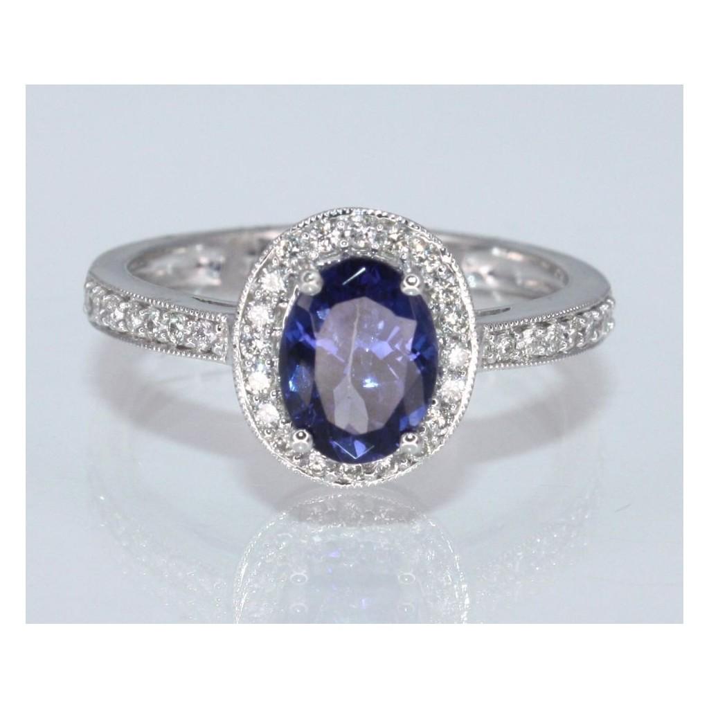 Tanzanite Diamond Ring with 1.53 Carats
