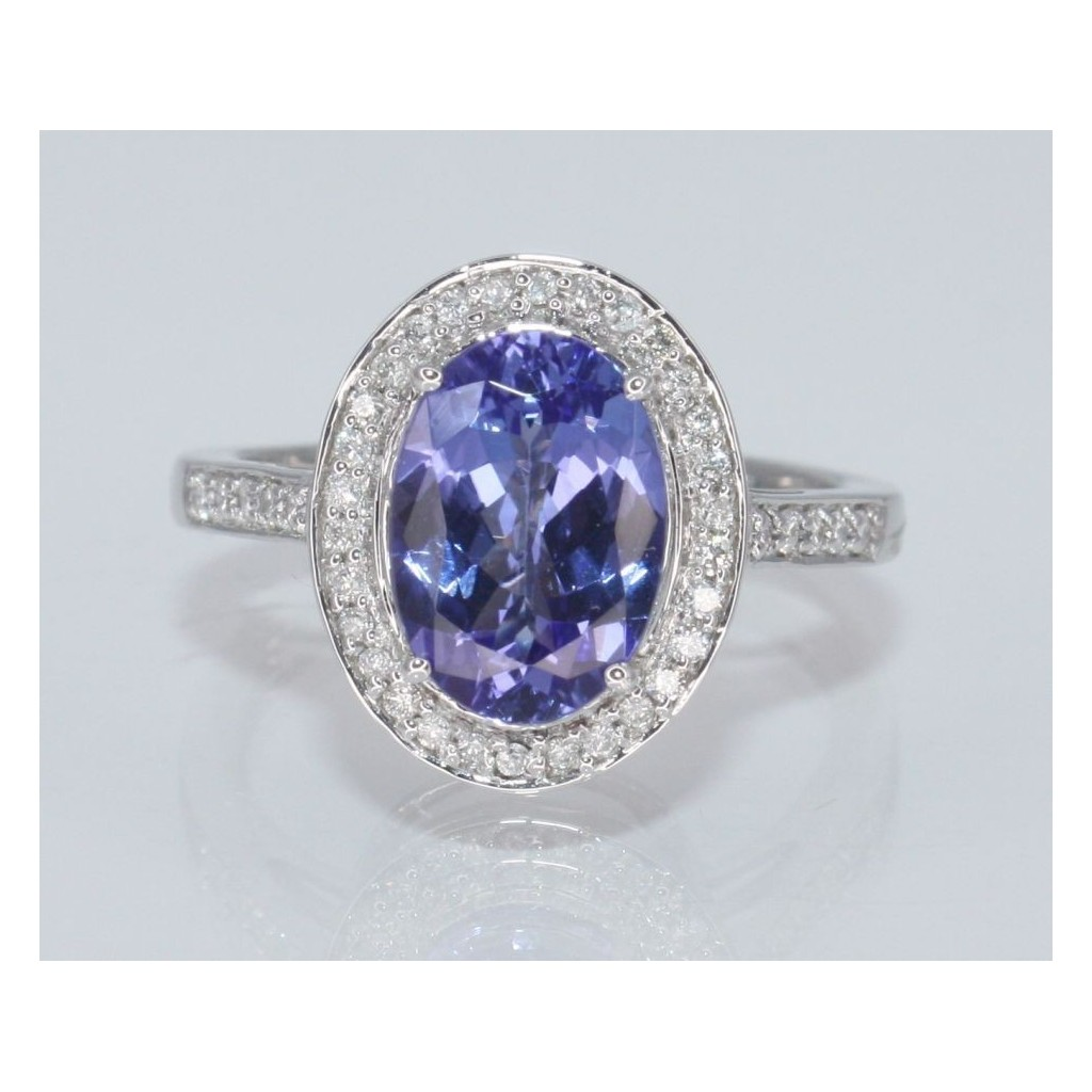 TANZANITE RING WITH 2.54 CARAT TANZANITE & 0.24 CARAT DIAMONDS