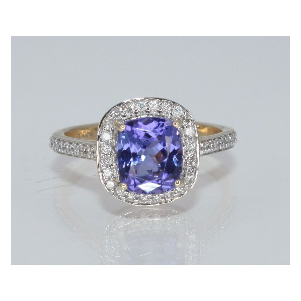 TANZANITE RING WITH 2.53 CARAT TANZANITE &0.33 CARAT DIAMONDS