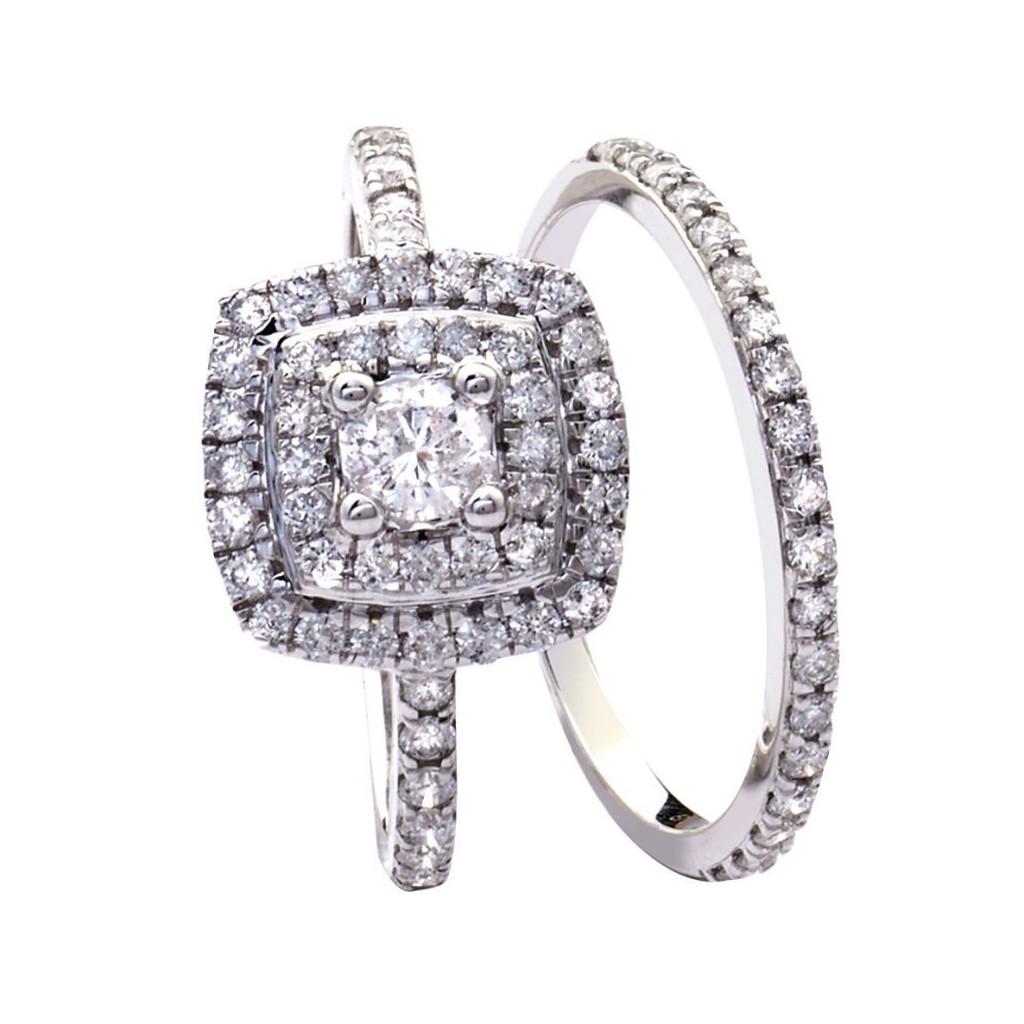14KT DIAMOND RING WITH 1CARAT DIAMONDS