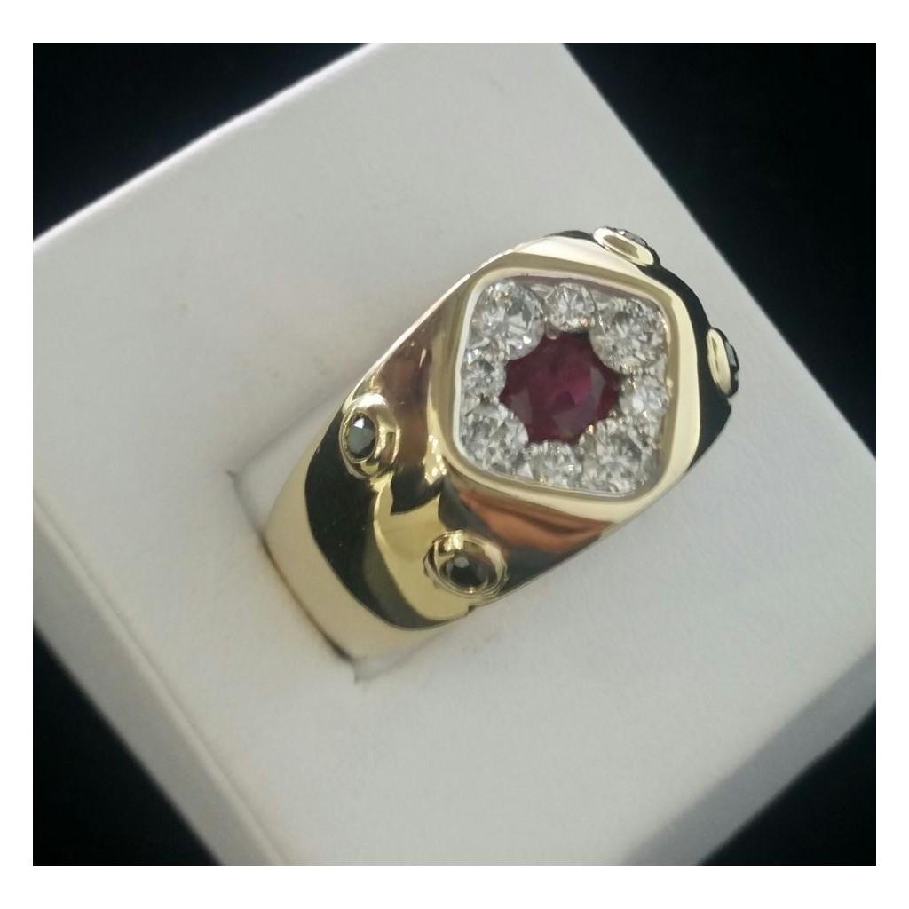 Yellow 14k Diamond Ring 1.16Tw Round Shape Diamond 0.19Tw Rd Black Diamond 0.70Tw Oval Ruby