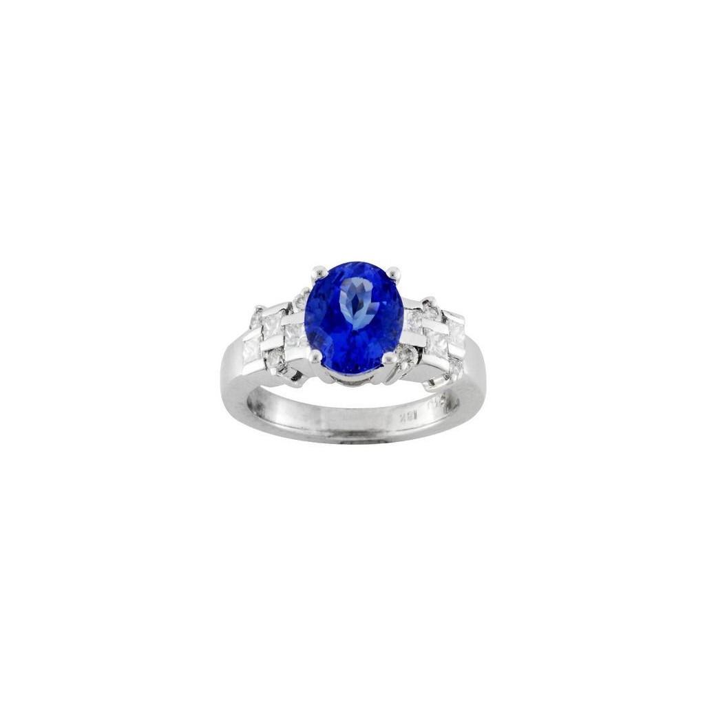 18k white gold ring 2.30ct Tanzanite and 0.60ct Diamond