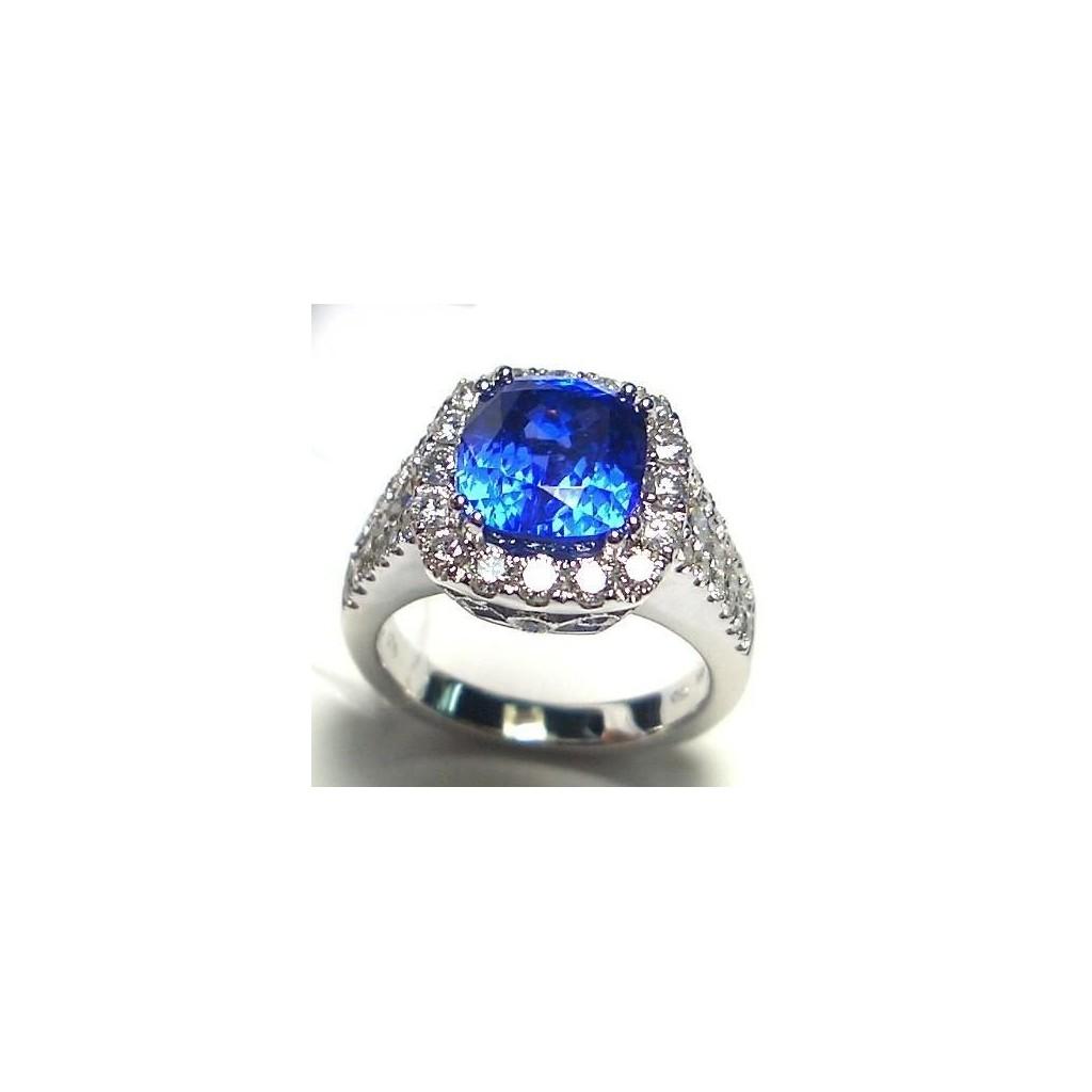 18k white gold ring 4.83ct Tanzanite and 1.43ct Diamond