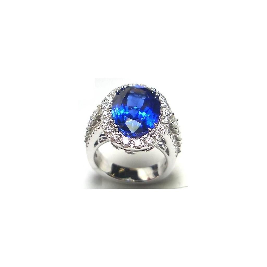 18k white gold ring 6.47ct Tanzanite and 1.65ct Diamond