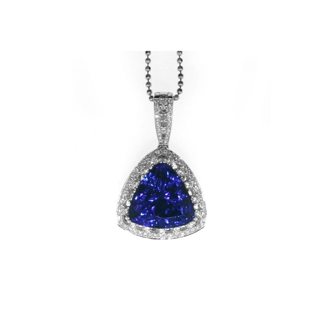 Tanzanite Pendent with 17.56 Carats