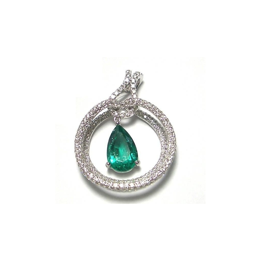 Emerald Pendent with 3.85 Carats