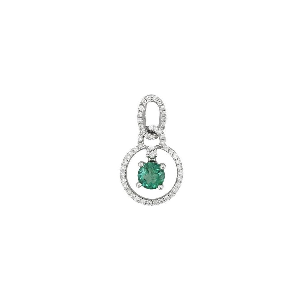 Emerald Diamond Pendent with 0.66 Carats