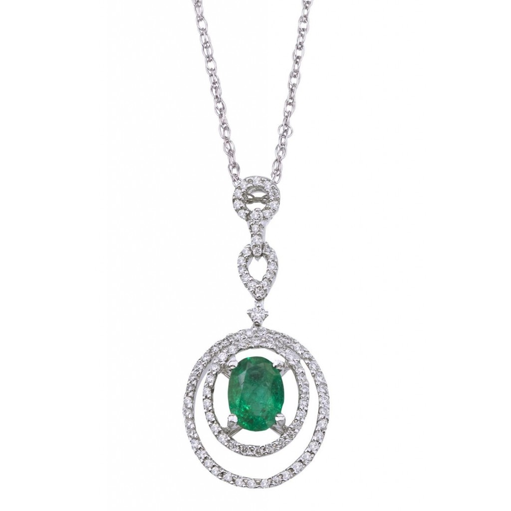 Emerald Diamond Pendent with 1.02 Carats