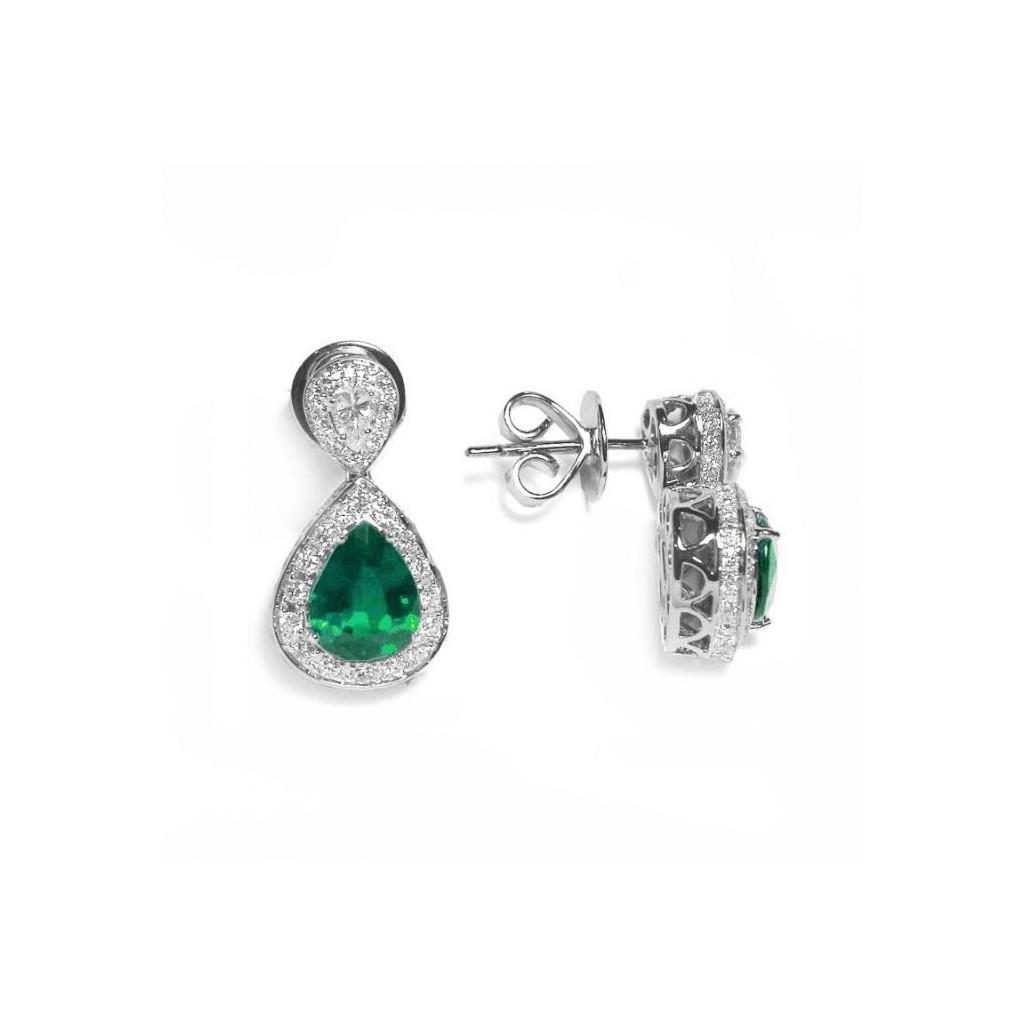 Emerald Diamond Earrings with 3.99 Carats