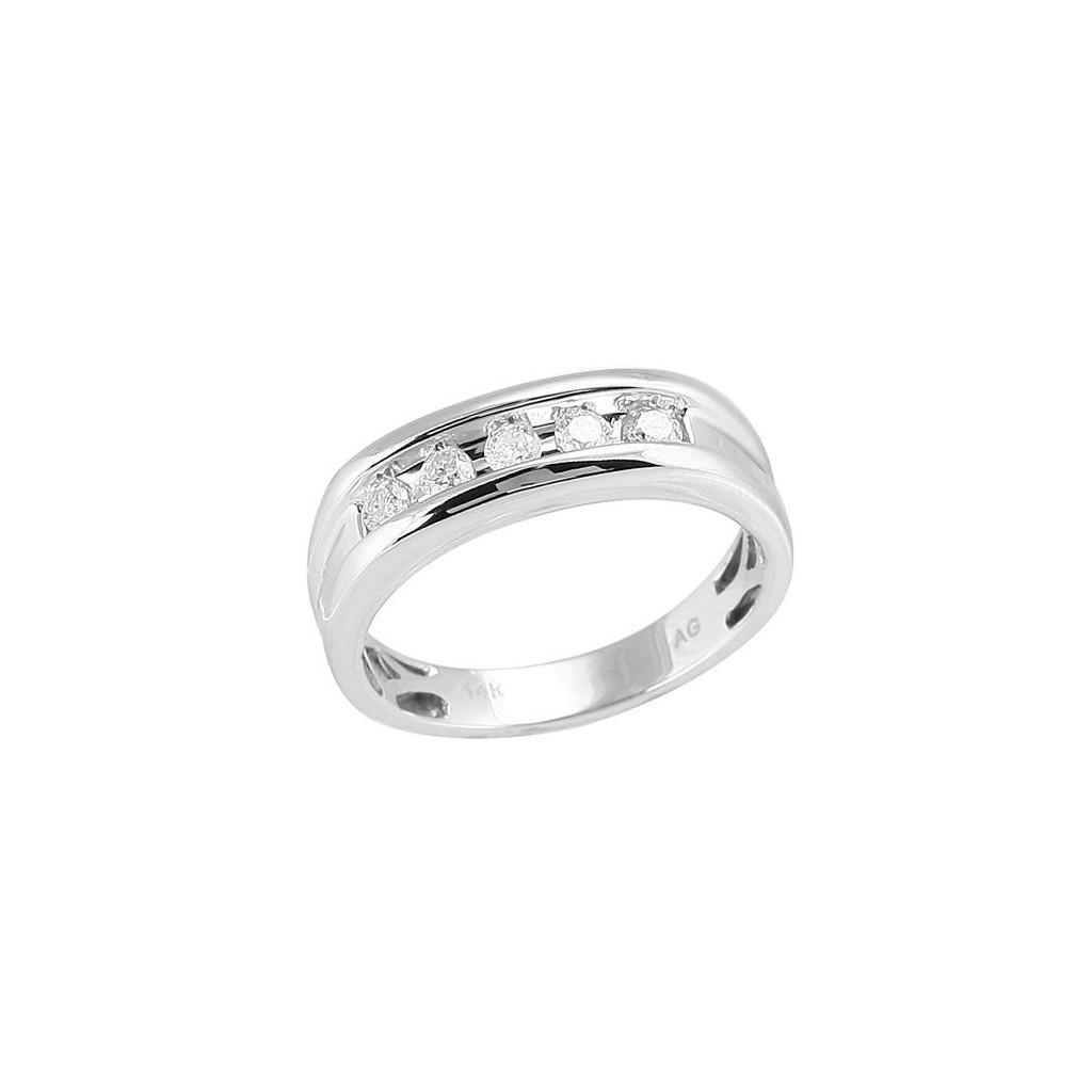 Diamond Ring with 0.50 Carat