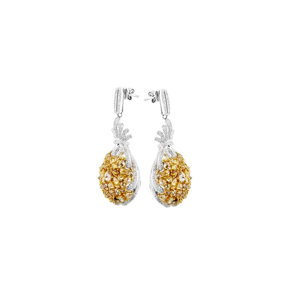Yellow Diamond Earring with 10.58 Carats
