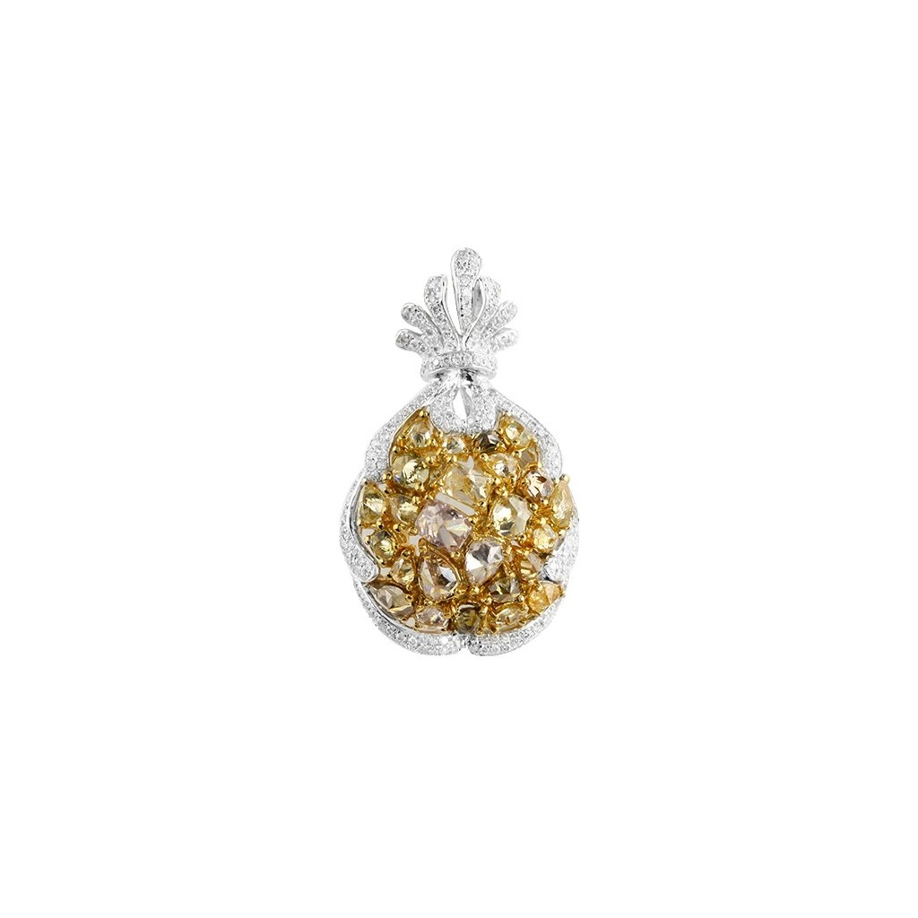 Yellow Diamonds Pendent with 4.85 Carats