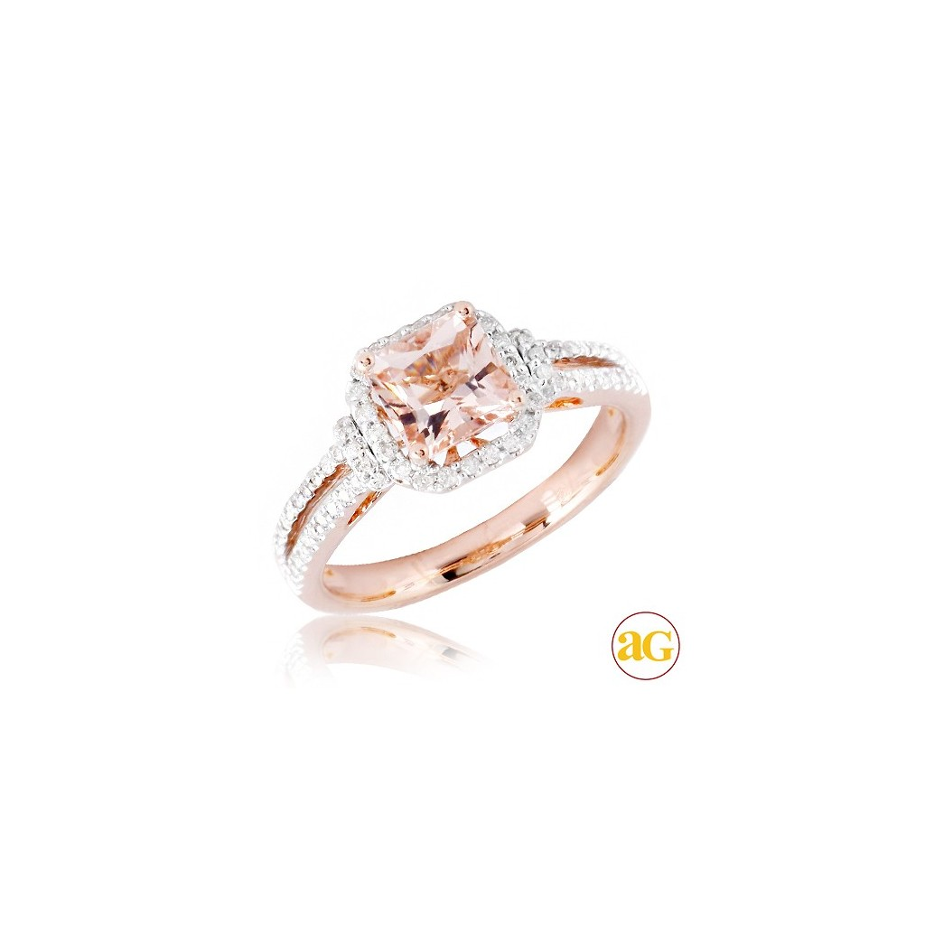 Morganite Diamond Ring with 1.55 Carats