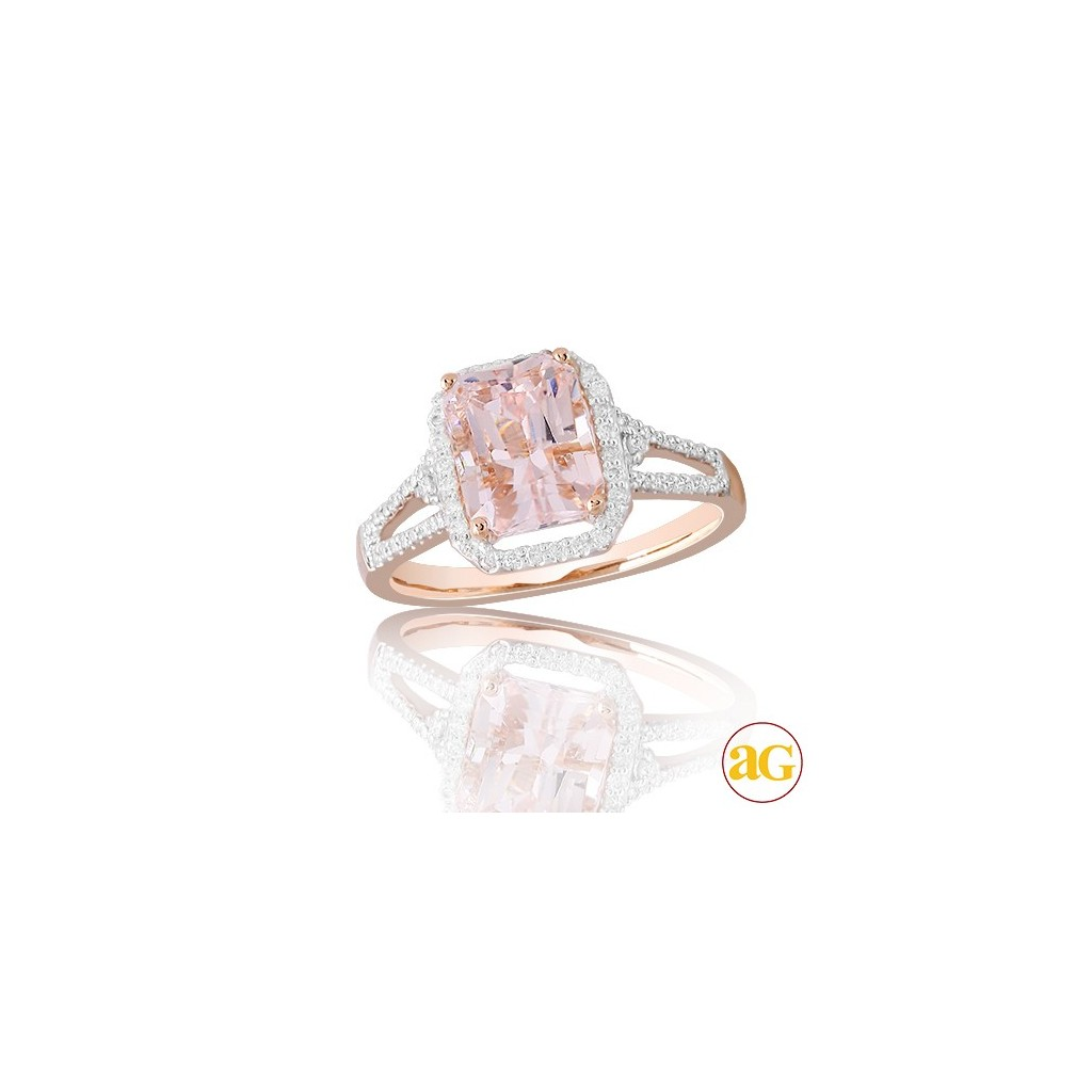 Morganite Diamond Ring with 3.30 Carats
