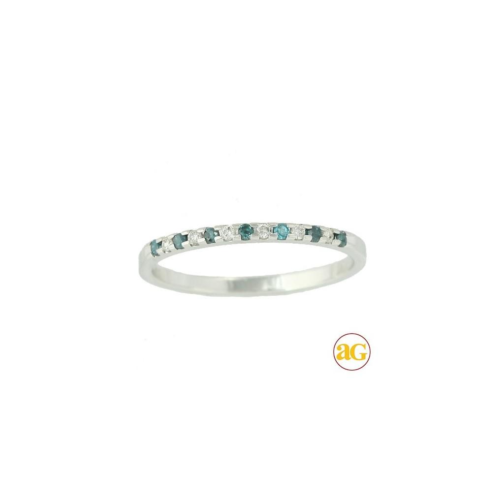 14kw 0.15ctw Blue & White Diamond Band