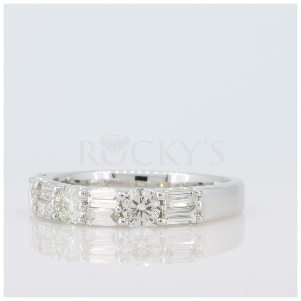 Round and Baguette Diamond Band 1.15 carats