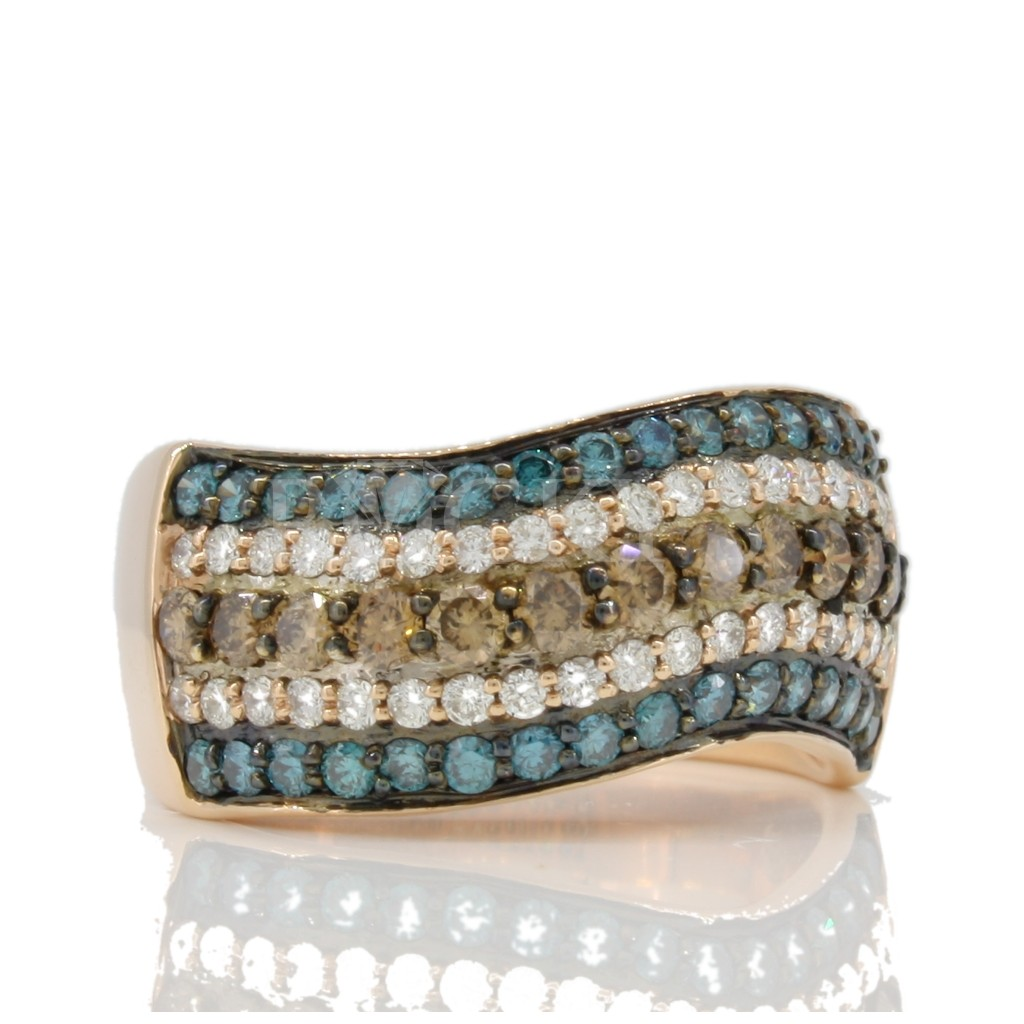 Multi Color Diamond Ring with 1.43 carats