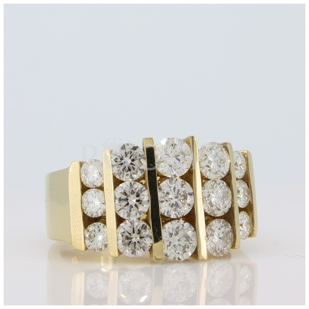 Diamond Ring with 2.38 Carats
