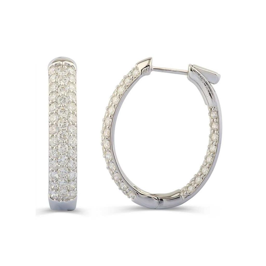 Diamond earring with 4.47 carat