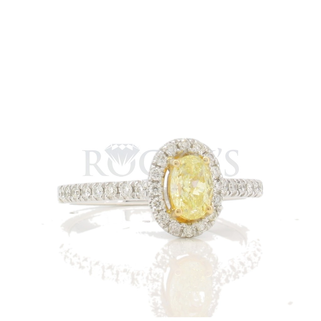 Yellow Diamond Ring with 0.71 Carats