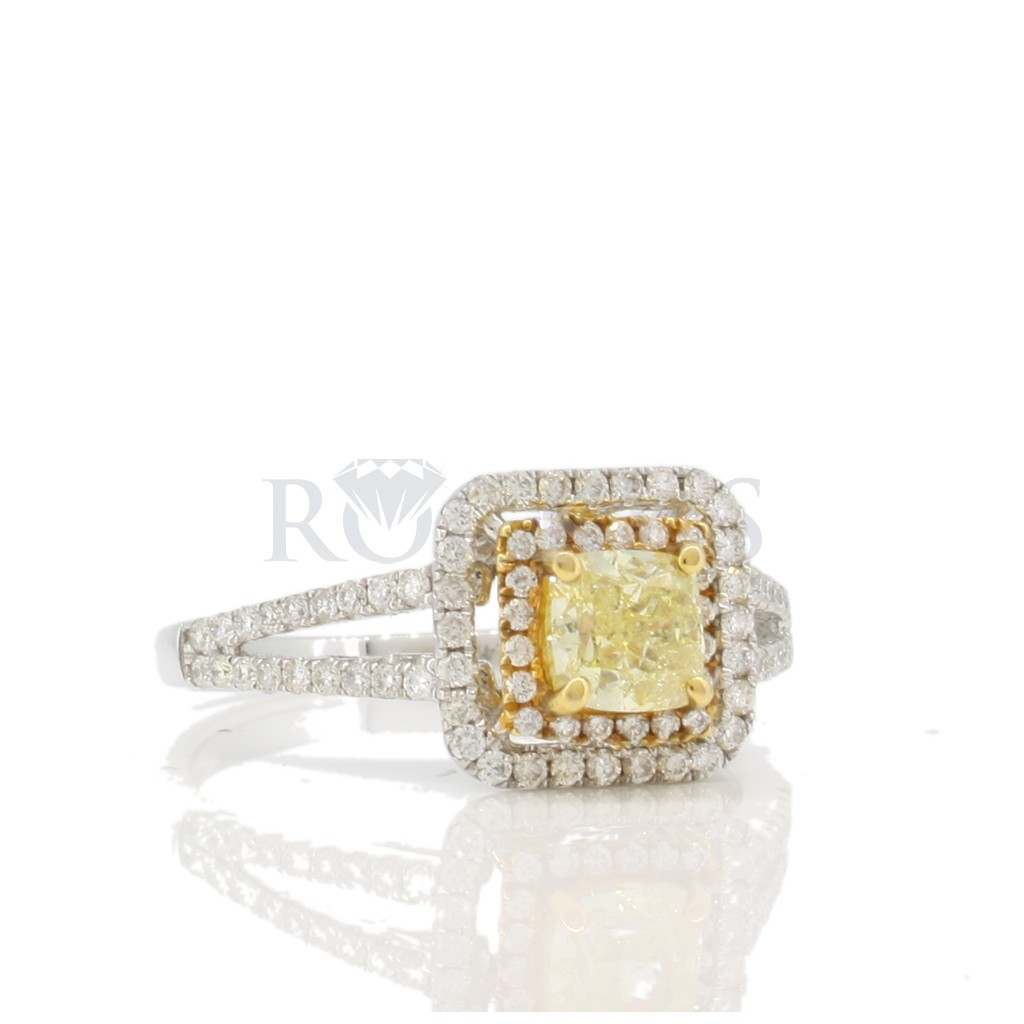 Yellow Diamond Ring with 1.10 Carats