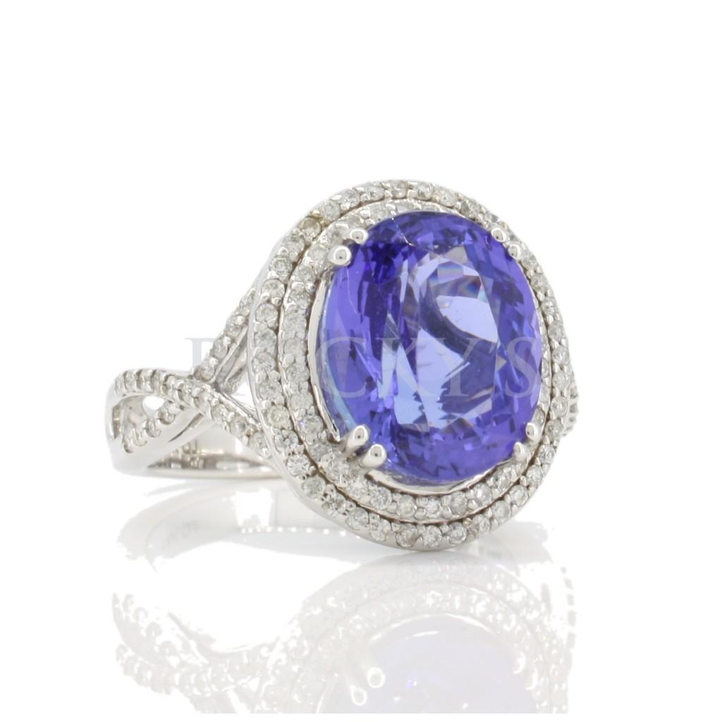 Tanzanite Ring with 6.72 carat