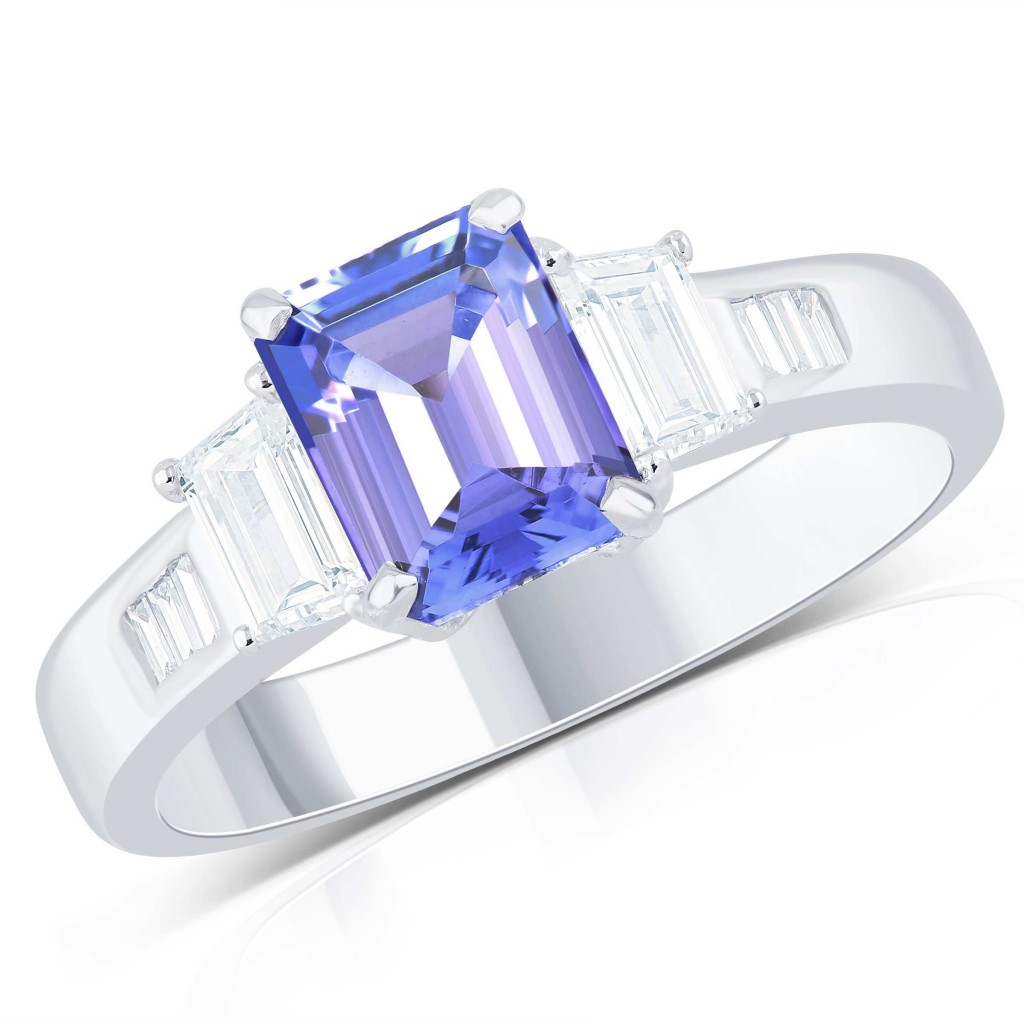 Sapphire Ring with 2.37 Carat