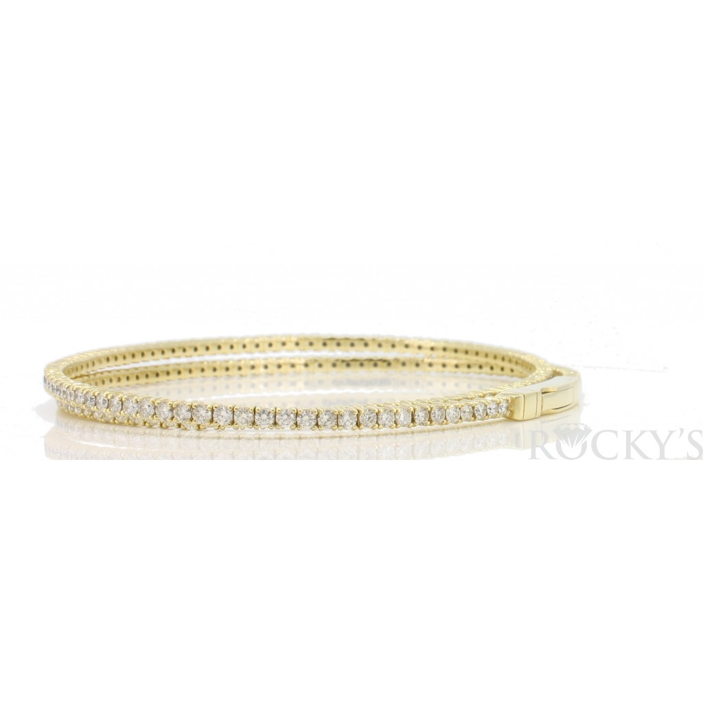 Women's Diamond Bracelet with 3.86 Carats