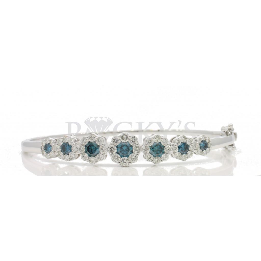 Blue Diamond Bangle with 2.77 Carats