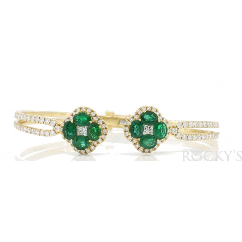 Emerald  Diamond Bracelet with 4.46 Carats