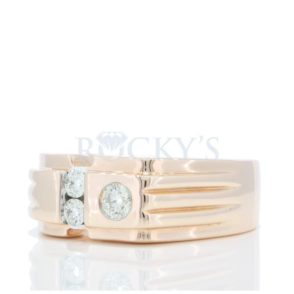 Diamond Ring with 0.38 Carat