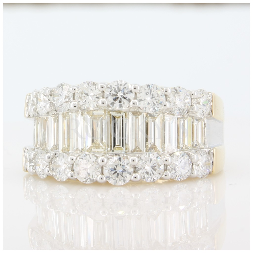 Baguette Diamond Ring with 3.75 Carats