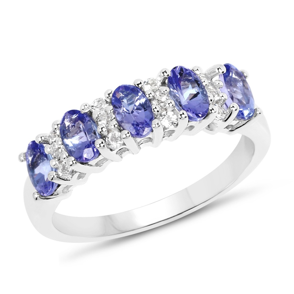 Tanzanite Silver Ring with 1.51 Carats