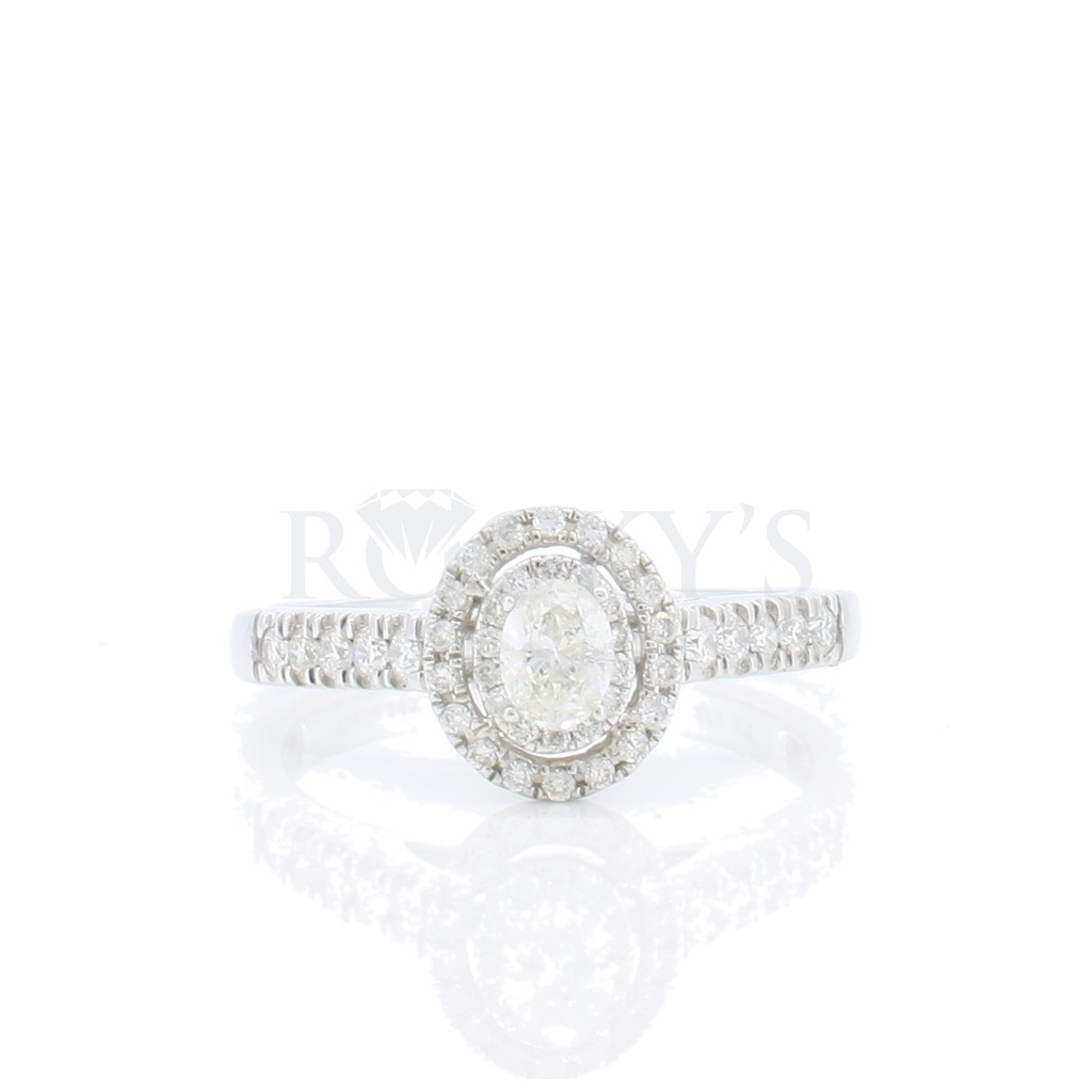 14k white gold engagement ring with 0.51 carats
