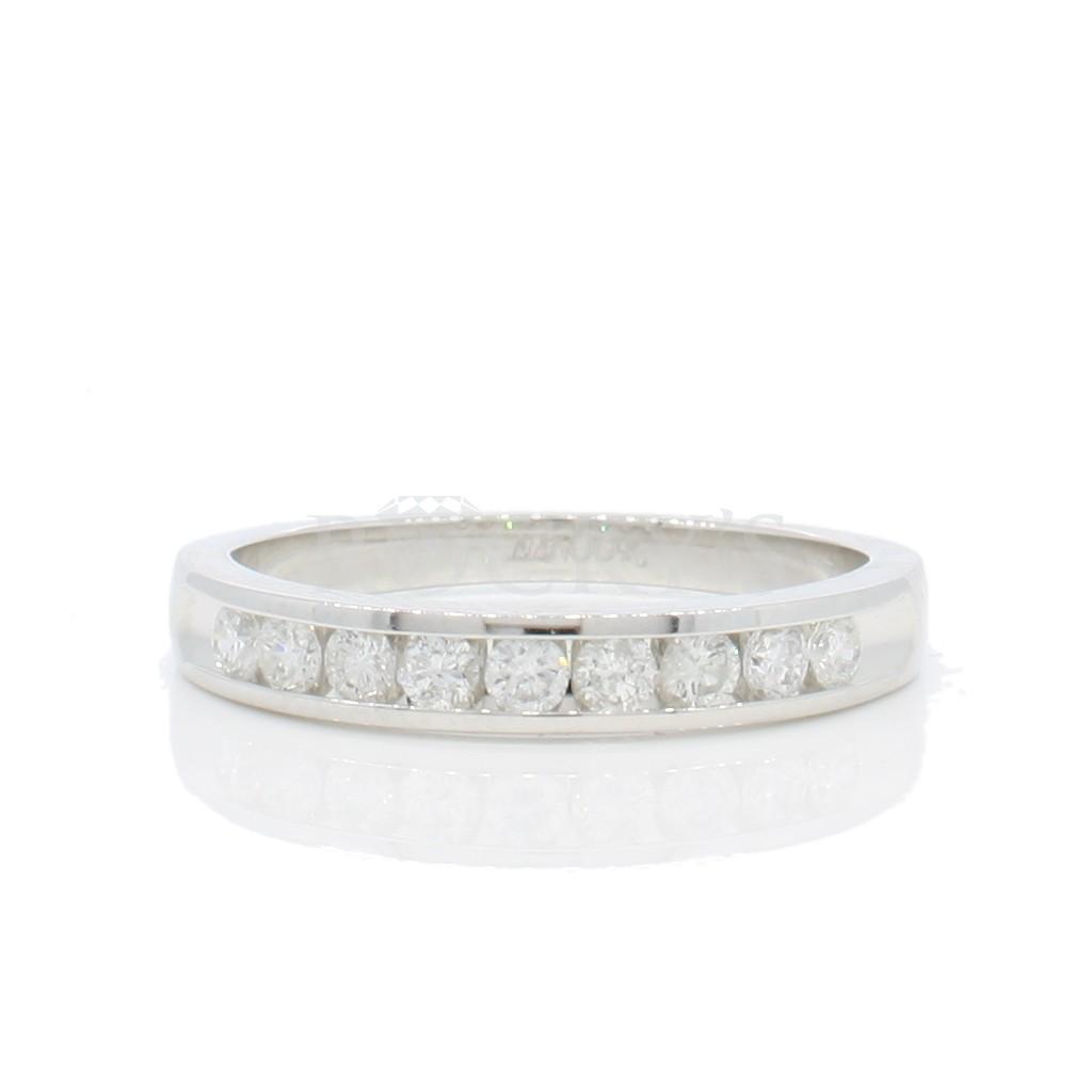 Wedding Diamond Band with 0.36 carats