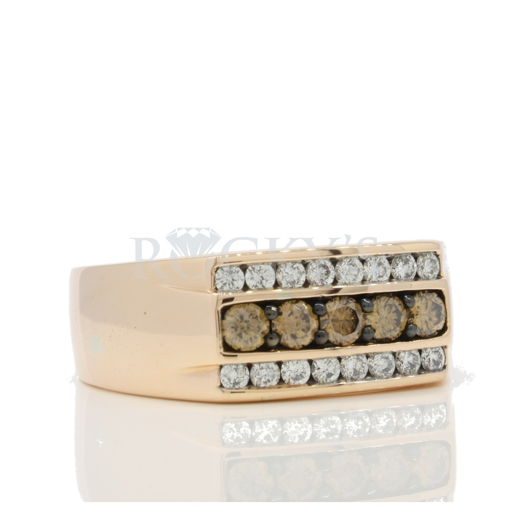 Champagne Diamond Ring with 0.92 Carat