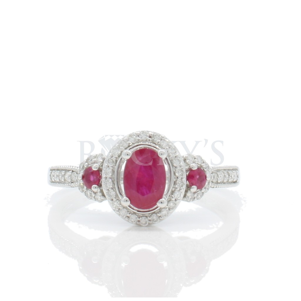 Ruby Diamond Ring with 0.82 Carats