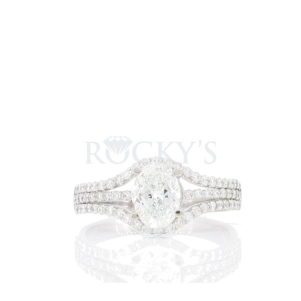 Engagement Ring with 1.42 Carats