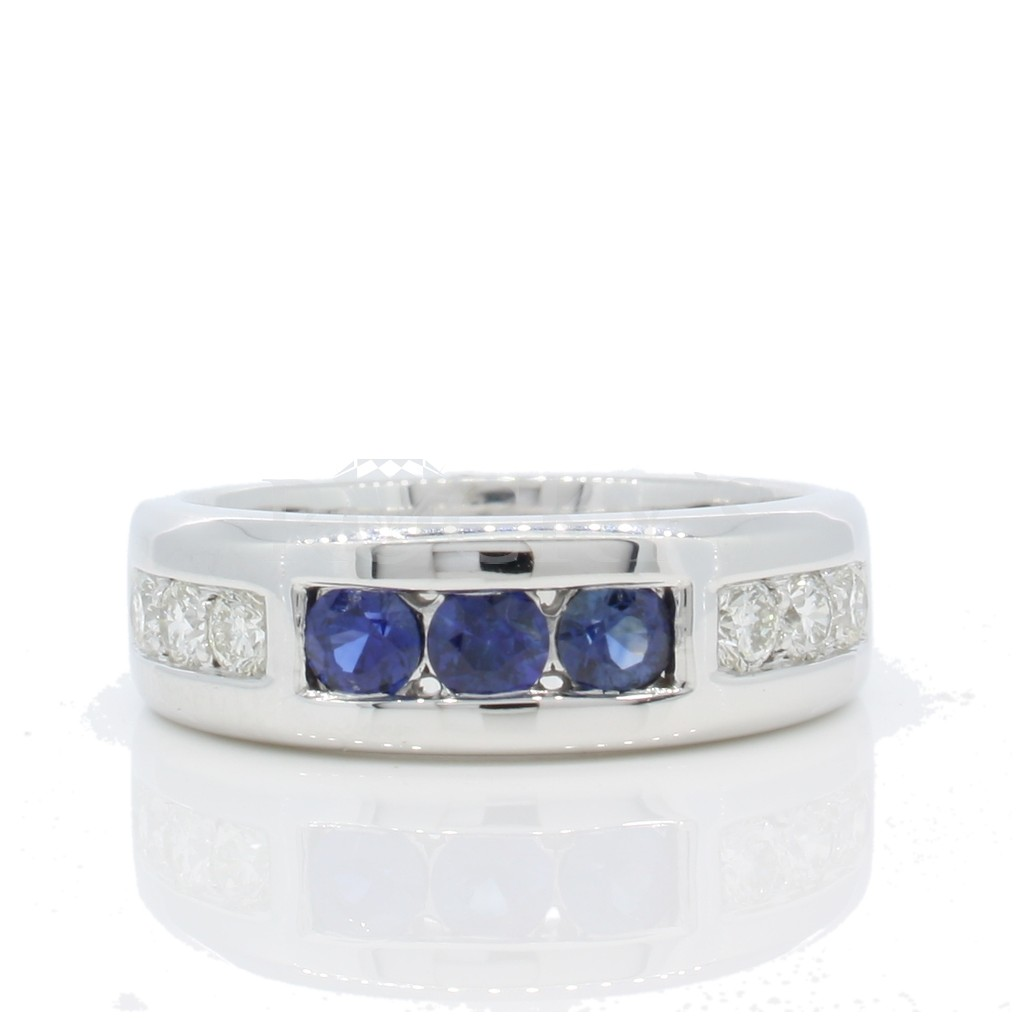Men's Sapphire Diamond Ring with 1.09 Carats