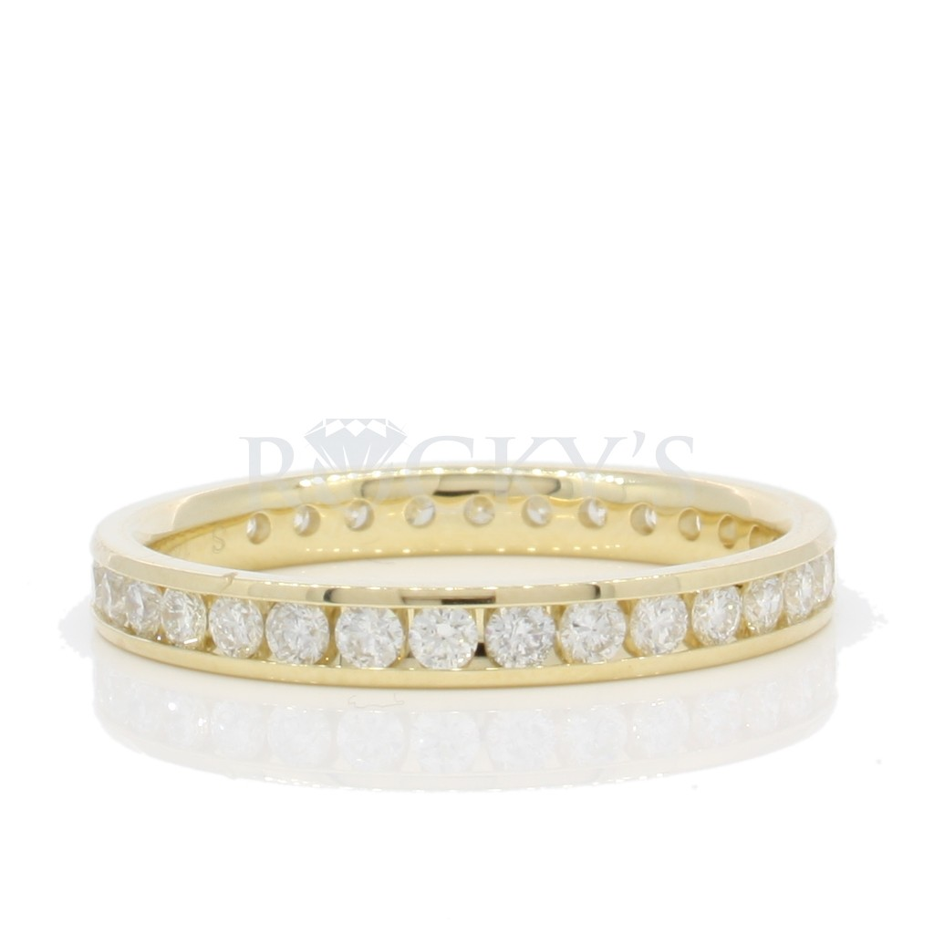 Eternity Band with 1.03 Carats