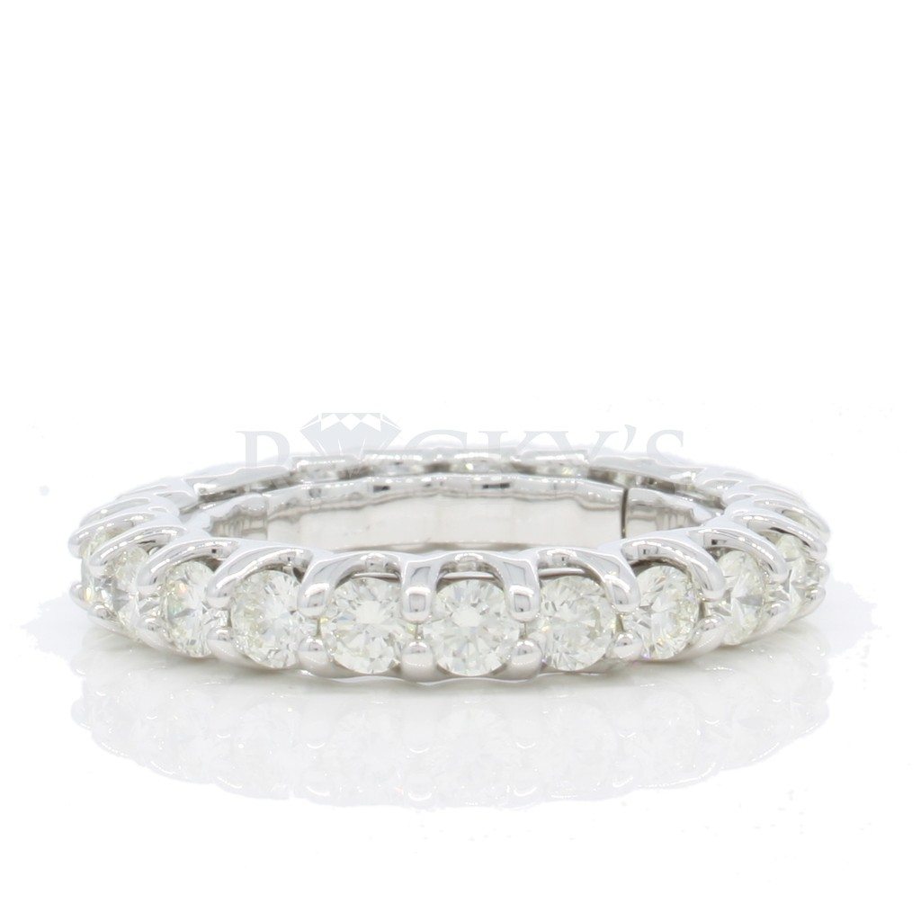 Stretchable Eternity Band with 3.06 Carats