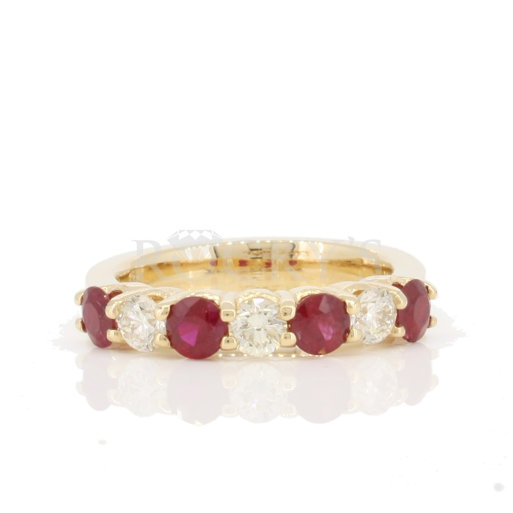 Ruby Diamond Ring with 1.56 Carats