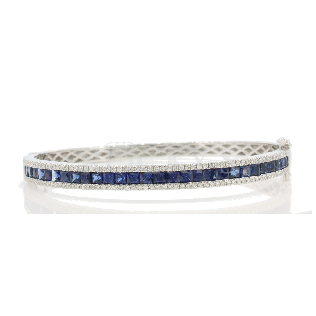 Sapphire Diamond Bangle with 5.24 Carats