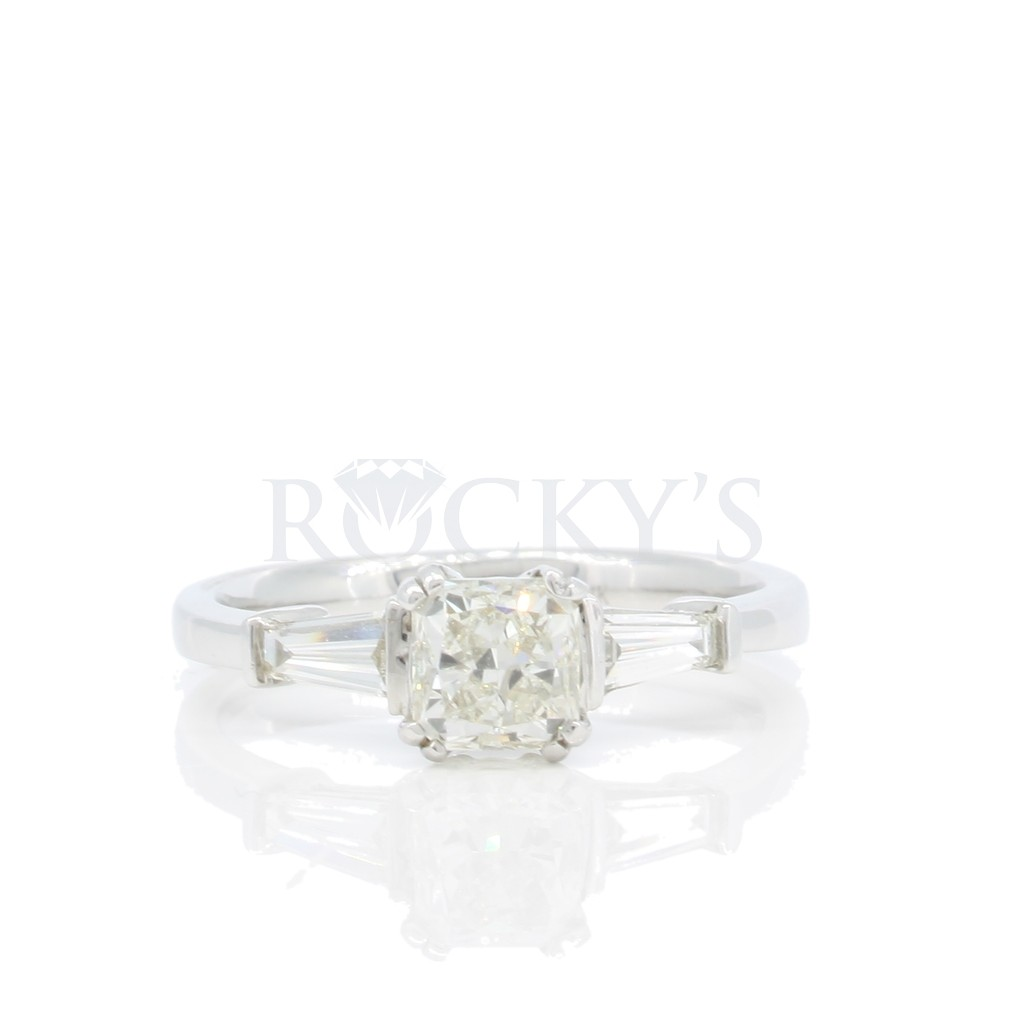 Engagement Ring with 1.25 Carats