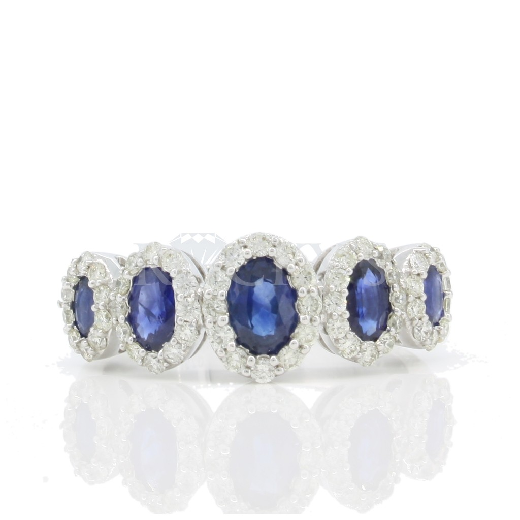 Sapphire Ring with 2.07 Carats