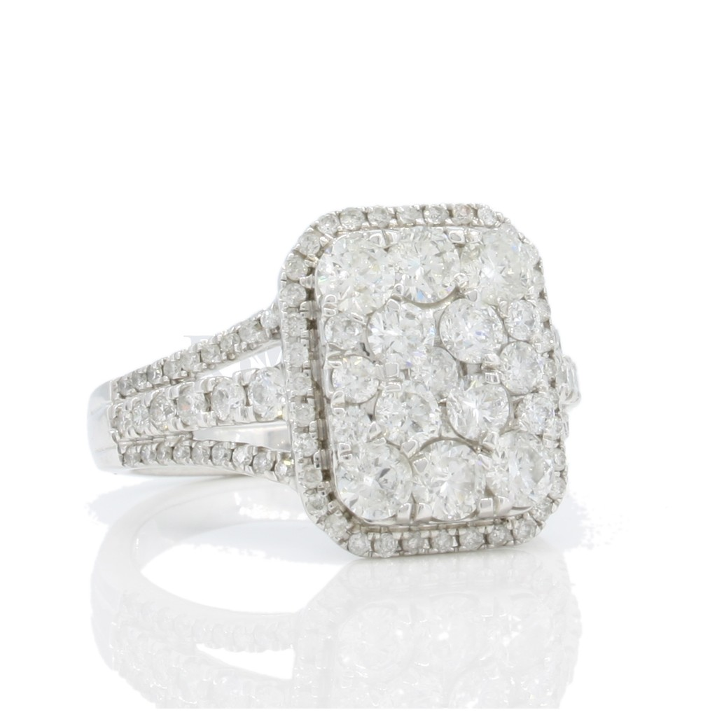 Engagement Ring with 1.75 Carats
