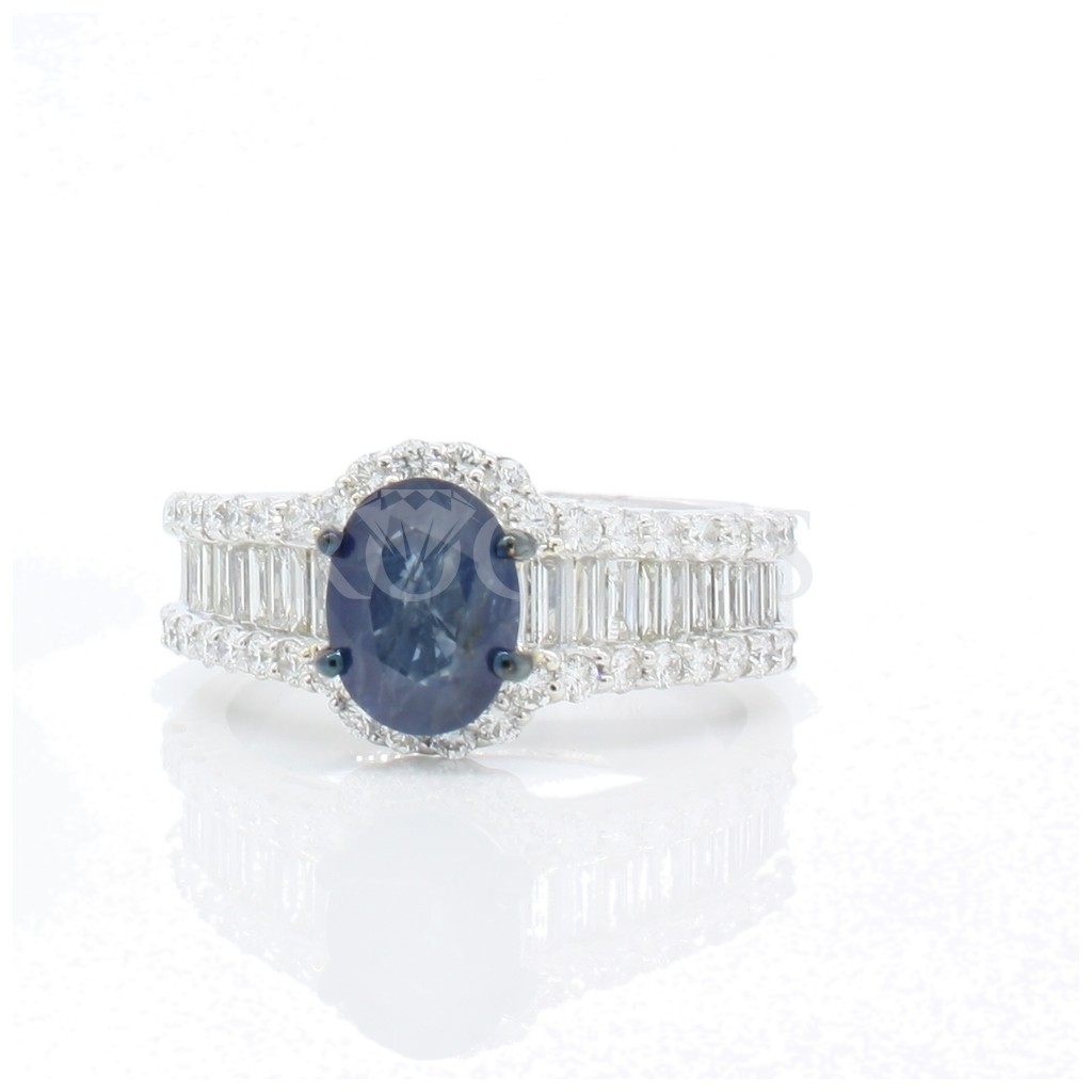 Sapphire ring with 2.75 carats