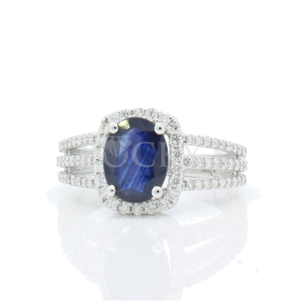 Sapphire ring with 3.26 carats