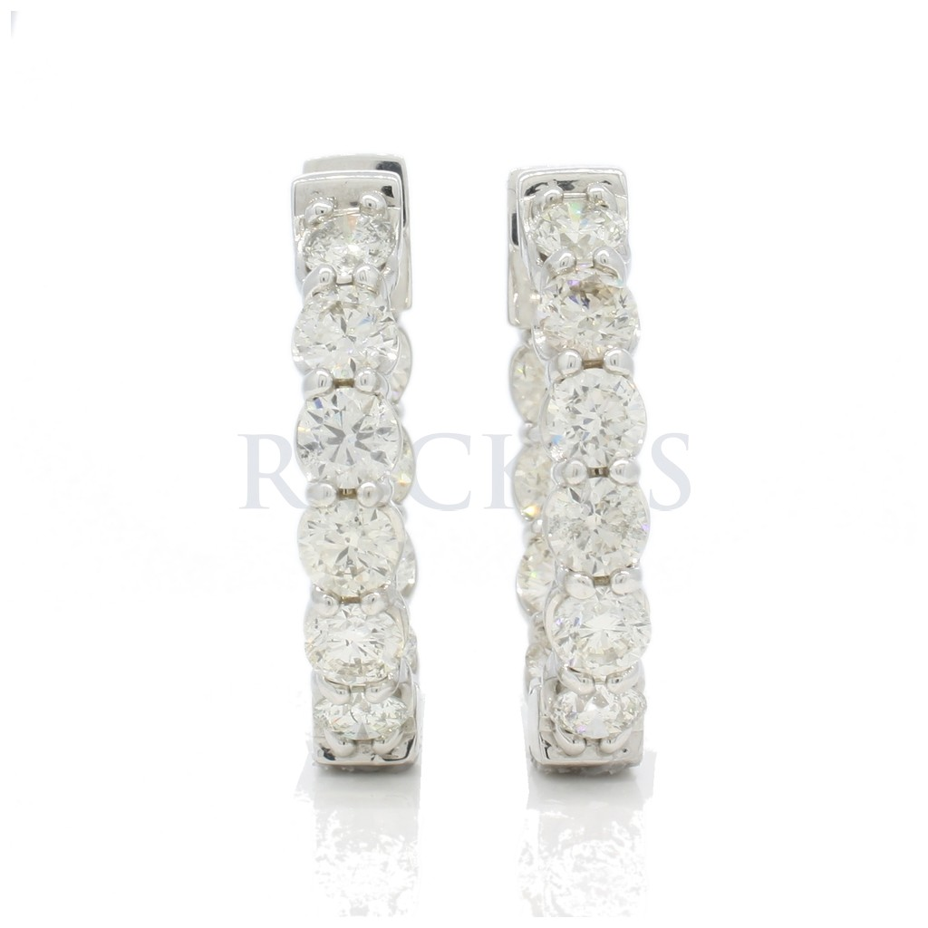 Diamond hoops with 8.08 carats
