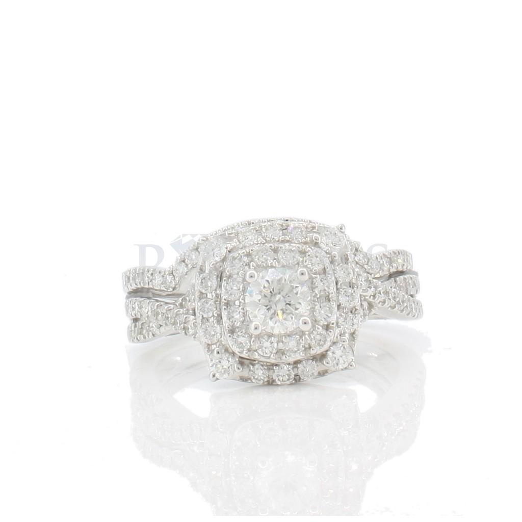 Diamond ring with 1.00 carat